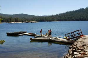 boat rentals at Lake Alpine on Ebbetts Pass, CA